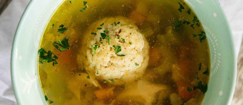 Classic Matzah Ball Soup